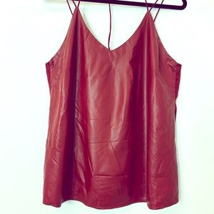 Top tank faux leather size large